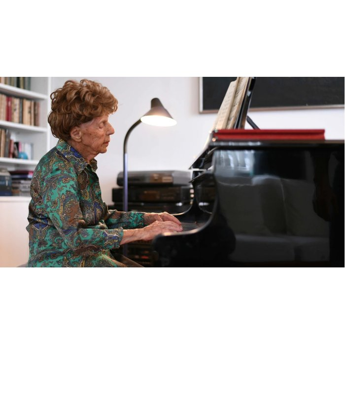 Collette Maze, 106 year old French pianist