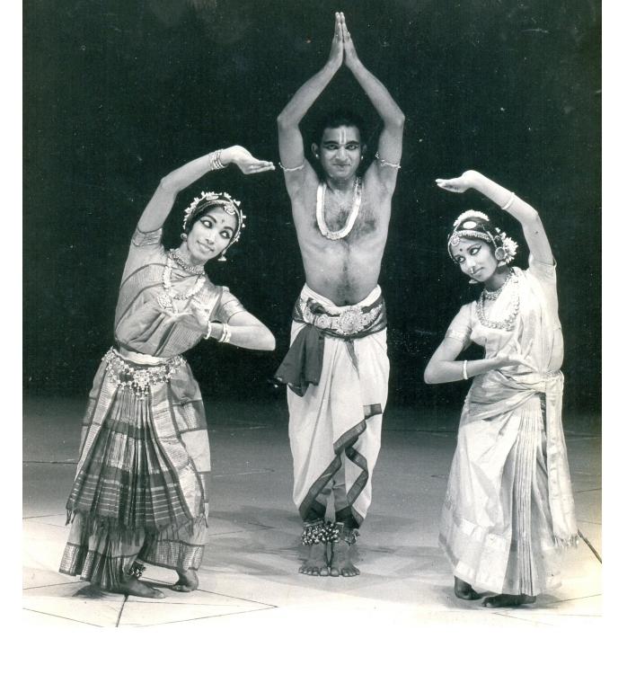 Archival picture of Shanta, VP Dhananjayan and Alarmel Valliat FrenchNational Theatre Theatre de la ville